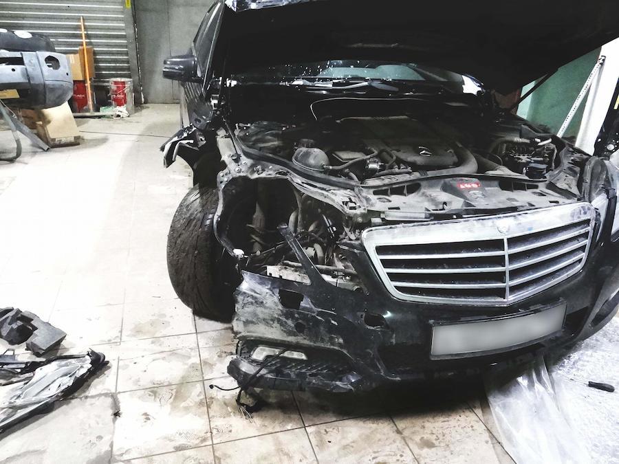 фото кузовной ремонт мерседеса