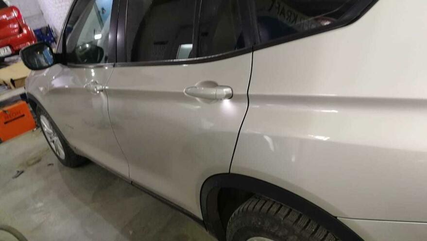 Фото результат полировки BMW