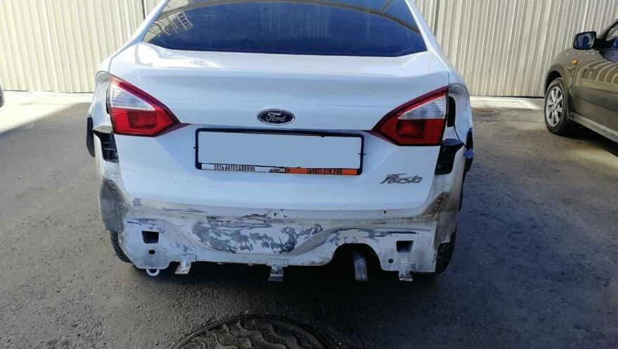 Фото Ford до ремонта